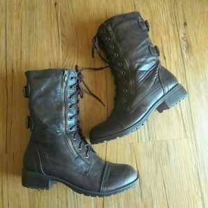 Soda Combat Style Boots Size 8